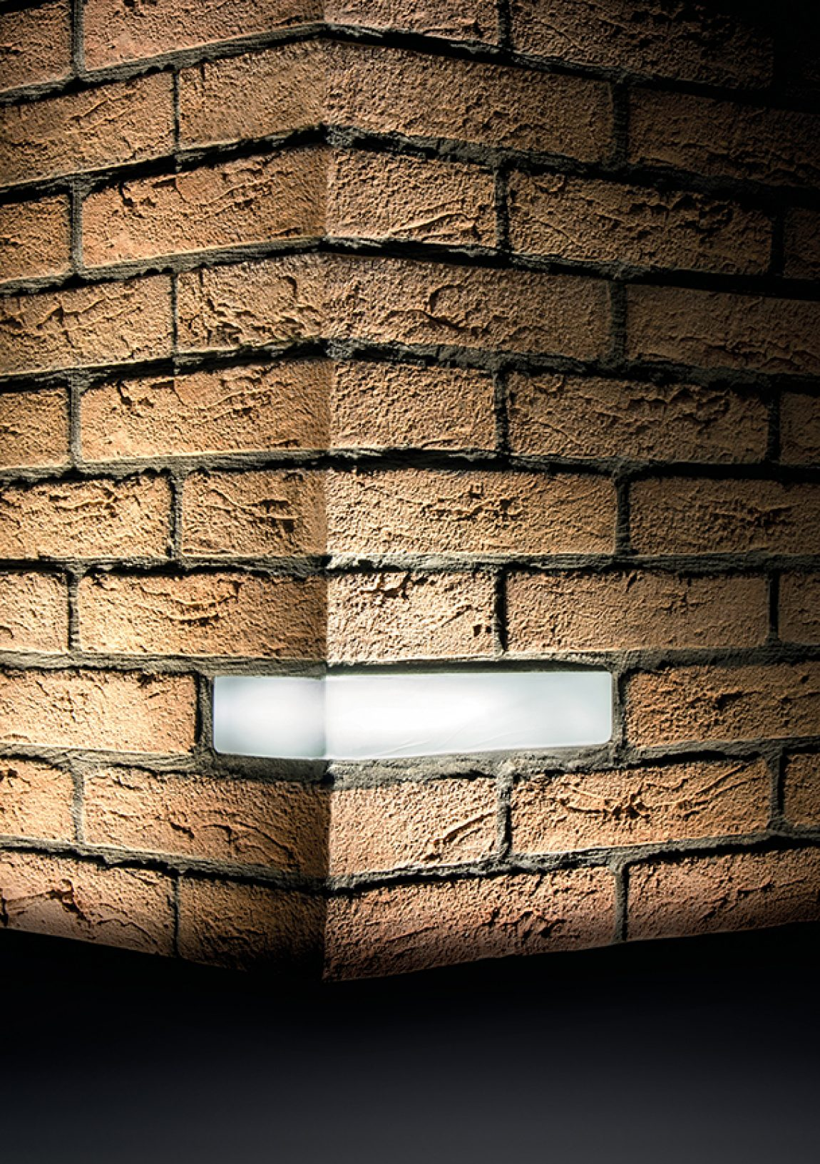Simes Brick Light-2